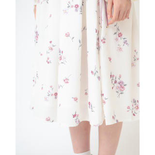 LIZ LISA - ノスタルジックフラワースカート 白  LIZ LISA  花柄 アウトレット