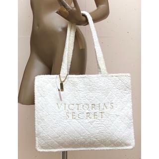 ヴィクトリアズシークレット(Victoria's Secret)の新品 ヴィクトリアズシークレットのレアなキルティングトートバッグ 正規品輸入品(トートバッグ)