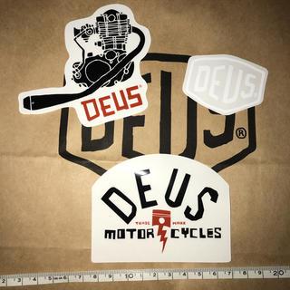 デウスエクスマキナ(Deus ex Machina)のDEUSステッカーD(その他)