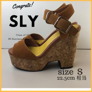 スライ(SLY)の美品 スライ SLY サンダル チャンキーヒール ウエッジソール サイズS(サンダル)