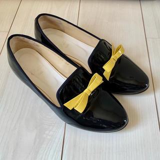 ナンバートゥエンティワン(No. 21)のNo.21 エナメル ローヒールパンプス(ローファー/革靴)
