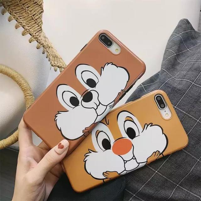 Disney(ディズニー)のディズニー チップとデール iPhoneXR スマホ/家電/カメラのスマホアクセサリー(iPhoneケース)の商品写真