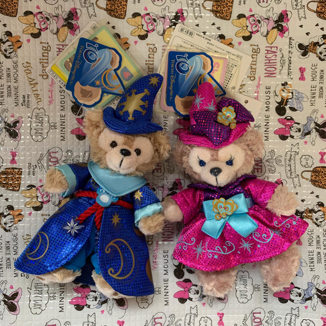ダッフィー(ダッフィー)のぬいぐるみバッジ ダッフィー &シェリーメイ エンタメ/ホビーのおもちゃ/ぬいぐるみ(キャラクターグッズ)の商品写真