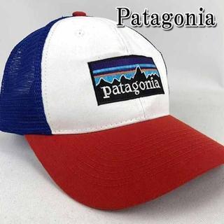 パタゴニア(patagonia)のパタゴニア Patagonia キャップ メンズ ホワイト×レッド【新品】(キャップ)