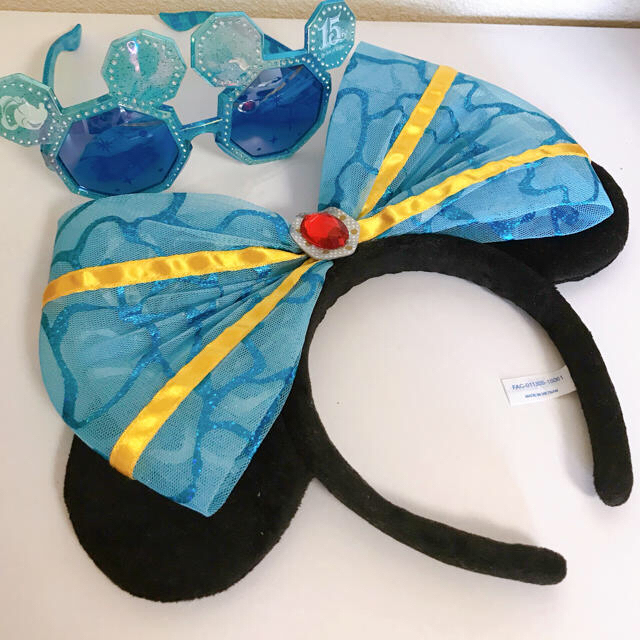 Disney(ディズニー)のディズニー ミニー カチューシャ サングラス 15周年 セット エンタメ/ホビーのおもちゃ/ぬいぐるみ(キャラクターグッズ)の商品写真