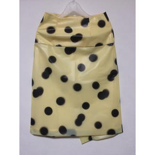 マークバイマークジェイコブス(MARC BY MARC JACOBS)のMARC BY MARC JACOBS PVC素材ドットスカート(ひざ丈スカート)