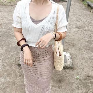 しまむら - クロシェ 透かし編みニットロングスカート ベージュ Mサイズ