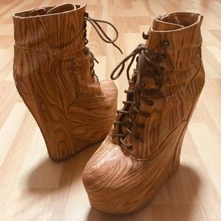 ジェフリーキャンベル(JEFFREY CAMPBELL)のジェフリーキャンベル レザー 厚底 ブーツ ウッド調 木目 木 レースアップ (ブーツ)