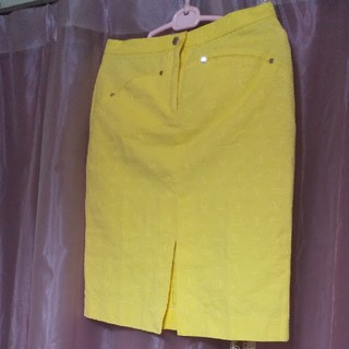 ヴェルサーチ(VERSACE)のヴェルサーチクラシック タイトスカート(ひざ丈スカート)
