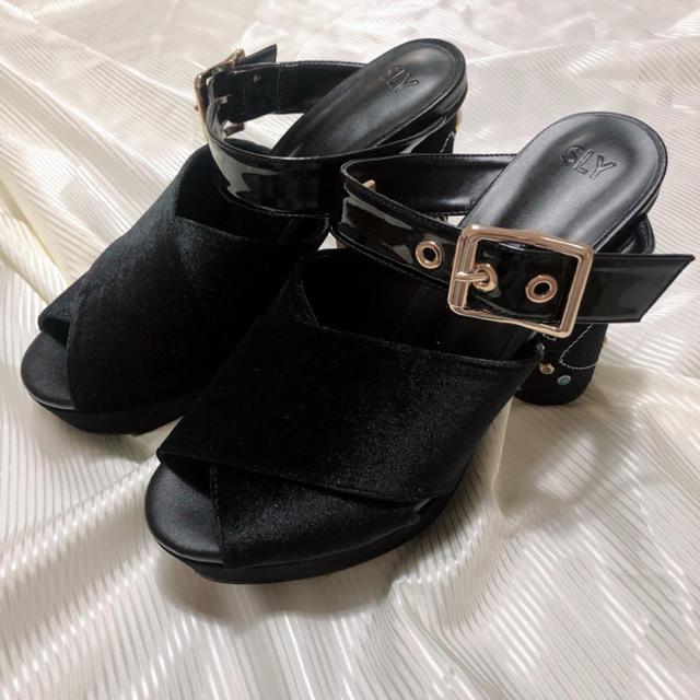 SLY(スライ)のSLY ビジュー付きベロアサンダル L レディースの靴/シューズ(サンダル)の商品写真