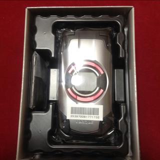 キョウセラ(京セラ)の【新品未使用】au TORQUE X01 トルク シルバー ガラフォ(携帯電話本体)