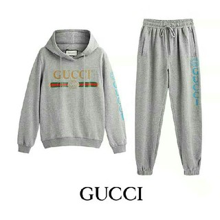 Gucci - 新品、未使用FENDI  メンズ パーカー 上下セット