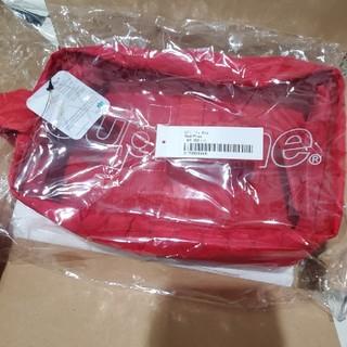 シュプリーム(Supreme)の新品 supreme シュプリーム Utility Bag red(セカンドバッグ/クラッチバッグ)