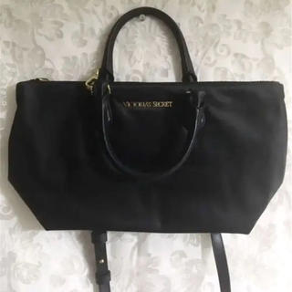 ヴィクトリアズシークレット(Victoria's Secret)のヴィクトリアシークレット トートバッグ ショルダー 黒 ヴィクシー(トートバッグ)