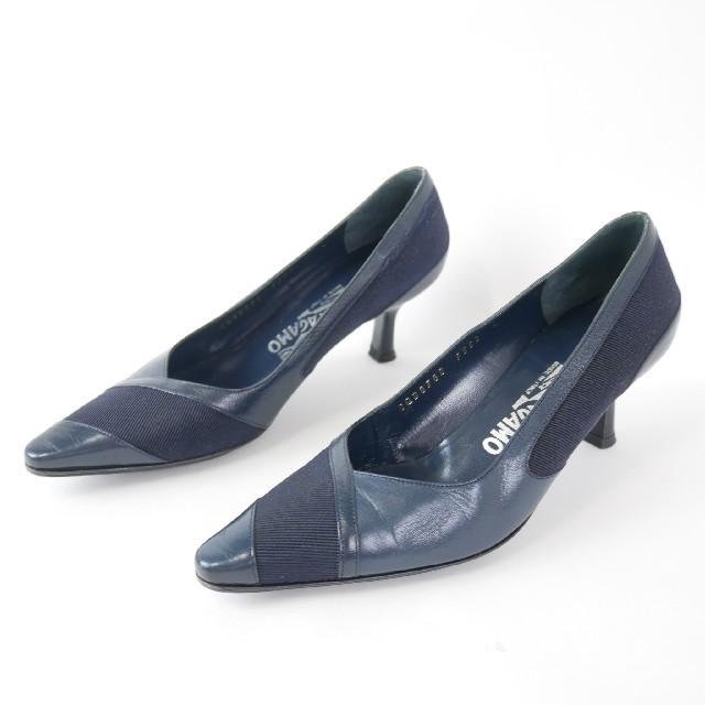 Salvatore Ferragamo(サルヴァトーレフェラガモ)のSalvatore Ferragamo  フェラガモ 4C ネイビー ハイヒール レディースの靴/シューズ(ハイヒール/パンプス)の商品写真