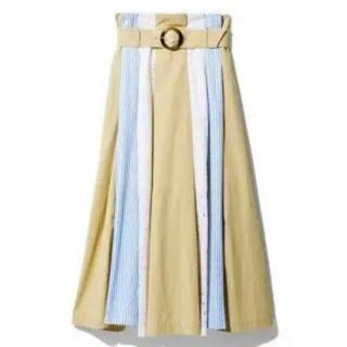 レディアゼル(REDYAZEL)のREDYAZEL(ひざ丈スカート)