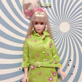 Barbie - バービー 人形 ファーアウト