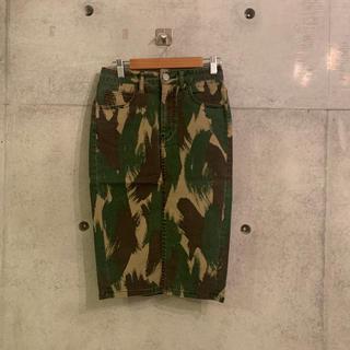 マウジー(moussy)のmoussy スカート 迷彩 (ひざ丈スカート)