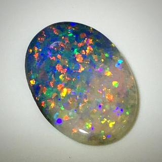 《宝石⚜️ルース》驚愕❗️ウルトラ遊色‼️天然オパール 5.370ct 鑑別付(リング(指輪))