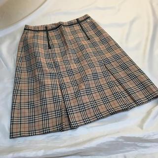 BURBERRY - バーバリーロンドン スカート