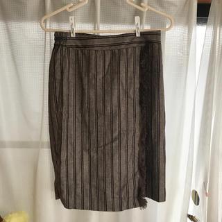 イーハイフンワールドギャラリー(E hyphen world gallery)のストライタイトスカート(ひざ丈スカート)