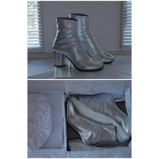 マルタンマルジェラ(Maison Martin Margiela)の【MM6 Maison Margiela】足袋ブーツ シルバーブーツ(ブーツ)