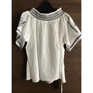 チャオパニック(Ciaopanic)のCiaopanic オフショル刺繍ブラウス(シャツ/ブラウス(半袖/袖なし))