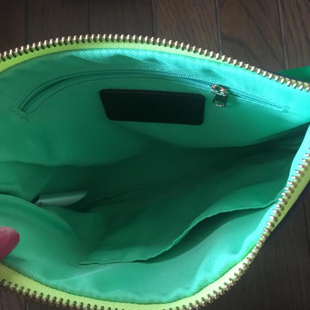 SLY(スライ)のsly クラッチバッグ レディースのバッグ(クラッチバッグ)の商品写真