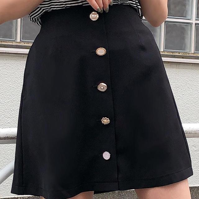 one after another NICE CLAUP(ワンアフターアナザーナイスクラップ)のNICE CLAUP ボタンスカート レディースのスカート(ミニスカート)の商品写真
