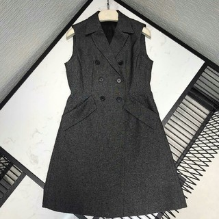 ディオール(Dior)の19ss 新作DIOR ワンピース スーツ 袖無し タグ付き 正規品 (ひざ丈ワンピース)