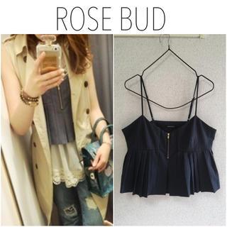 ローズバッド(ROSE BUD)のROSE BUD プリーツキャミソールブラウス ビスチェ 美品(シャツ/ブラウス(半袖/袖なし))