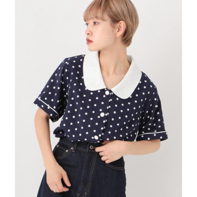 Kastane(カスタネ)のドット 半袖シャツ レディースのトップス(シャツ/ブラウス(半袖/袖なし))の商品写真