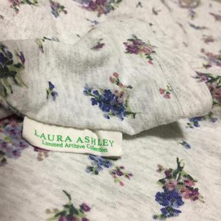 LAURA ASHLEY - 花柄Tシャツ 150