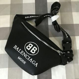 バレンシアガ(Balenciaga)のバレンシアガボディーバッグ(ボディーバッグ)