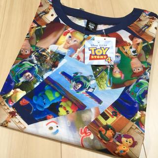 トイ・ストーリー - お値下げしました♪新品・タグ付き◎トイストーリー4✳︎総柄Tシャツ♪