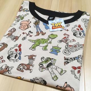 トイ・ストーリー - お値下げしました♪新品・タグ付き◎トイストーリー4 総柄Tシャツ♪