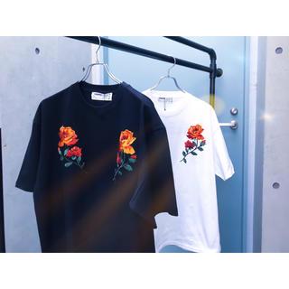 ヴァンキッシュ(VANQUISH)のLEGENDA 薔薇Tシャツ(Tシャツ/カットソー(半袖/袖なし))
