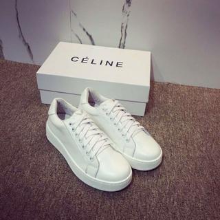 celine - 大歓迎 Celine スニーカー ホワイト サイズ39
