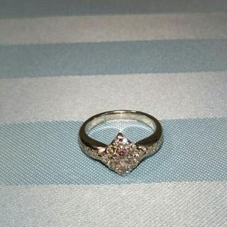 控え目ピンクダイヤのリング(リング(指輪))