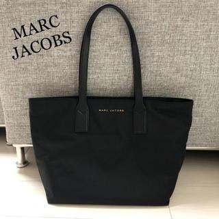 マークジェイコブス(MARC JACOBS)の新品タグ付き!マークジェイコブス ブラック ナイロン ロゴ トートバッグ (トートバッグ)