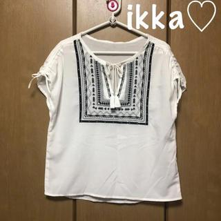 イッカ(ikka)のikka♡エスニック柄刺繍ブラウス(シャツ/ブラウス(半袖/袖なし))