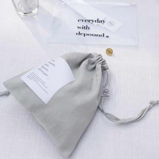 スタイルナンダ(STYLENANDA)の【depound】新品 single pouch ミント 巾着 韓国ファッション(ポーチ)
