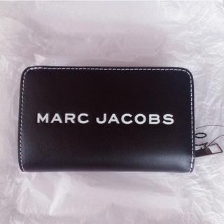 マークジェイコブス(MARC JACOBS)のMarc Jacobs タグ コンパクト ロゴ レザー 二つ折り長財布 マーク(財布)