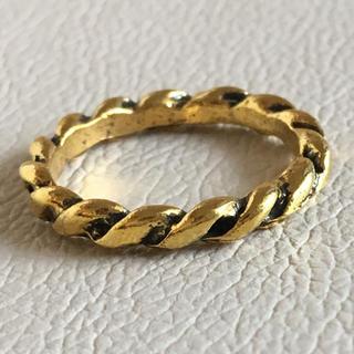 (107)ネジネジデザインリング ゴールド ヴィンテージ(リング(指輪))