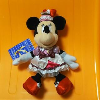 ミニーマウス(ミニーマウス)のテーブルイズウェイティング ぬいぐるみバッジ(キャラクターグッズ)