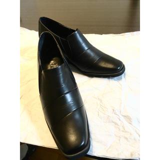 リーガル(REGAL)の【新品】Pisaz コンフォートシューズ パンプス ブラック 22cm 本革(ローファー/革靴)