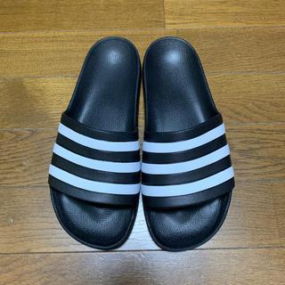 アディダス(adidas)の美品(ほぼ新品)adidas サンダル ブラック 26㎝(サンダル)