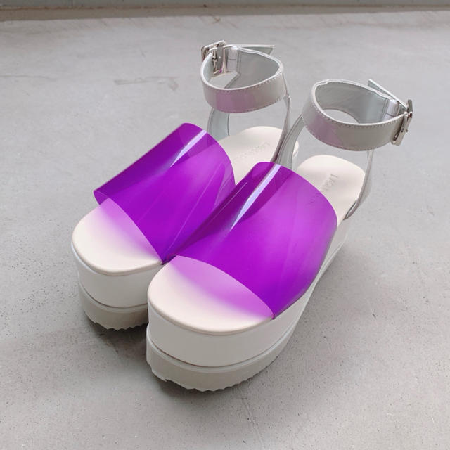 SLY(スライ)のラグアジェム クリア プラットフォーム サンダル パープル 厚底 レディースの靴/シューズ(サンダル)の商品写真