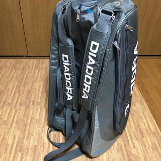 ディアドラ(DIADORA)のDIADORA ディアドラ テニス ラケットバッグ 12本 自立(バッグ)