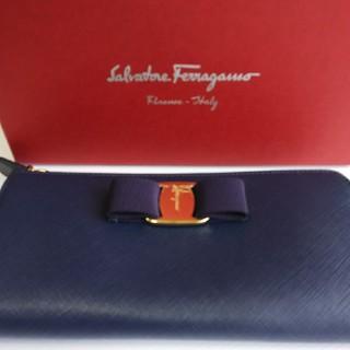 Salvatore Ferragamo - フェラガモ 長財布
